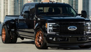 Ford F-350 «Ultimate Tailgate»